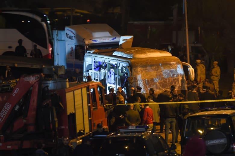 """مقتل مرشد سياحي مصري بـ""""انفجار المريوطية"""".. ورئيس الوزراء: السيسي يتابع الموقف"""