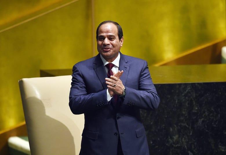 """ياسر رزق يقترح تعديلا في دستور مصر: مجلس """"حماية الدولة"""" برئاسة السيسي"""