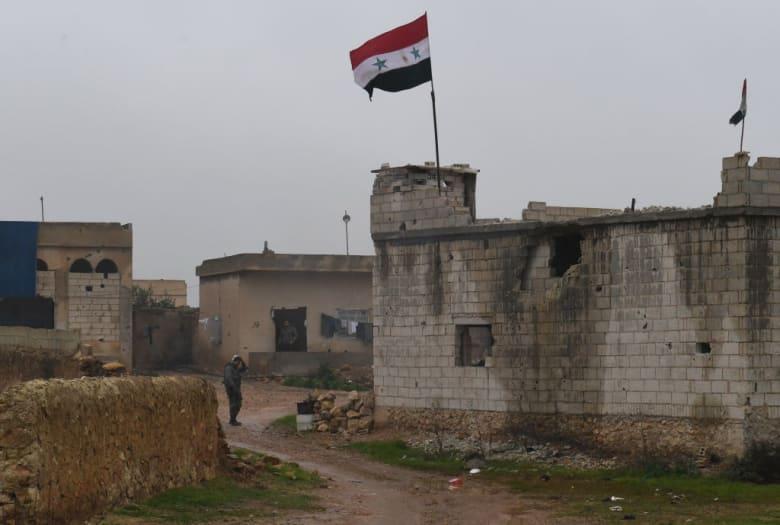 سوريا تعلن انسحاب 400 مقاتل كردي من منبج: قافلة تضم أكثر من 30 سيارة