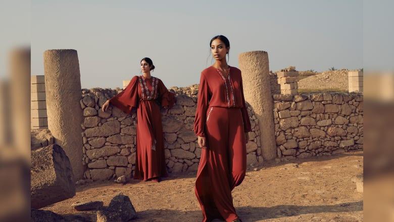 استلهمت تصاميمها من موقع عماني تاريخي على لائحة اليونيسكو.. فأين يقع؟