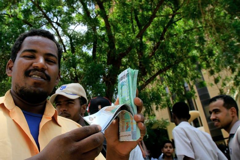 المركزي السوداني: إنفراج أزمة النقود نهاية يناير