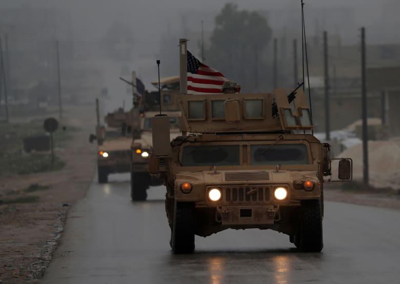 اجتماع لقيادات الجيش التركي على الحدود مع سوريا.. وأكار: سندفن الإرهابيين شرق الفرات