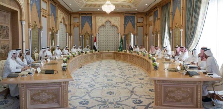 السعودية والإمارات تطلقان 7 مبادرات استراتيجية .. فما الأهداف؟