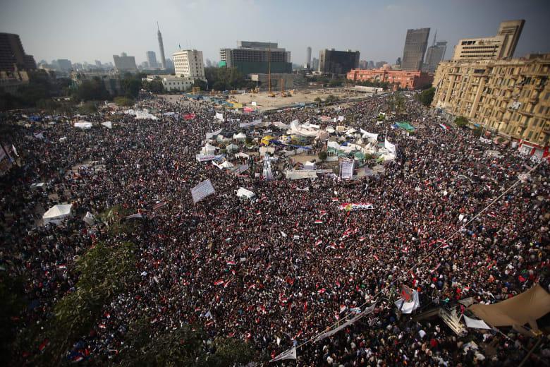كيف تفاعل نشطاء على تويتر بذكرى 25 يناير؟