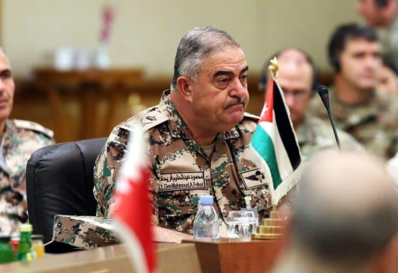 رئيس أركان الجيش الأردني يختتم زيارة استغرقت أياما للسودان