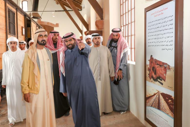 حاكم دبي يزور مدائن صالح وجبل الفيل بالسعودية