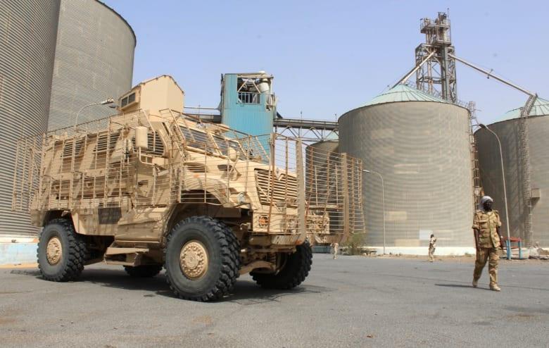سيناتور تطرق لتقرير CNN عن استحواذ الحوثيين على أسلحة أمريكية في جلسة استماع بمجلس الشيوخ