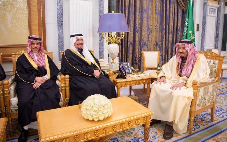 بينهم سفير المملكة لدى ألمانيا.. سفراء السعودية يؤدون القسم أمام الملك سلمان