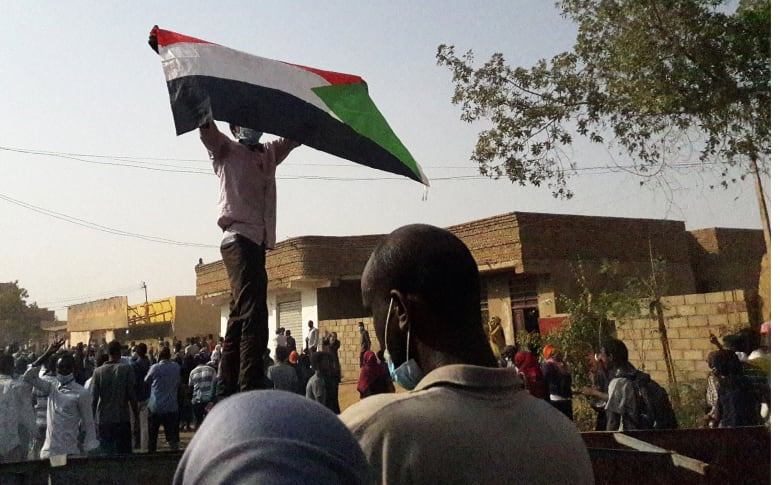 انخفاض ملفت للتضخم في السودان.. هل تهدأ الاحتجاجات؟