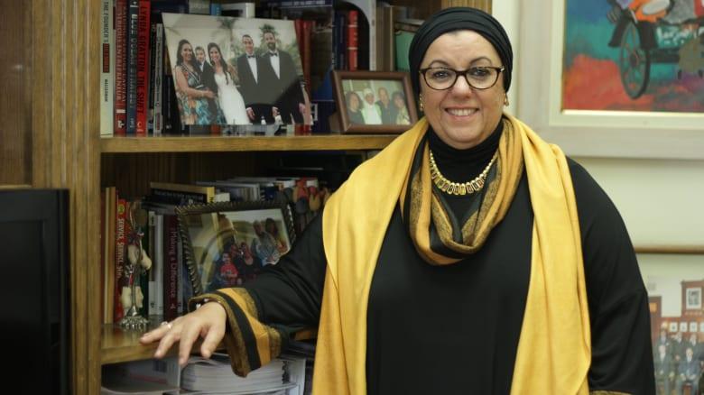 على القمة في أسبوع.. نيفين الطاهري تشرح خلطة النجاح للمؤسسات والأفراد