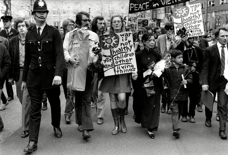 بالصور.. كيف بدت لندن في حقبة الستينات