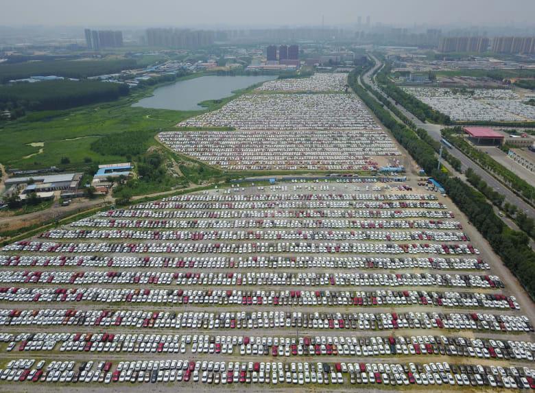 عام صعب لشركات السيارات العالمية مع تباطؤ نمو المبيعات في الصين