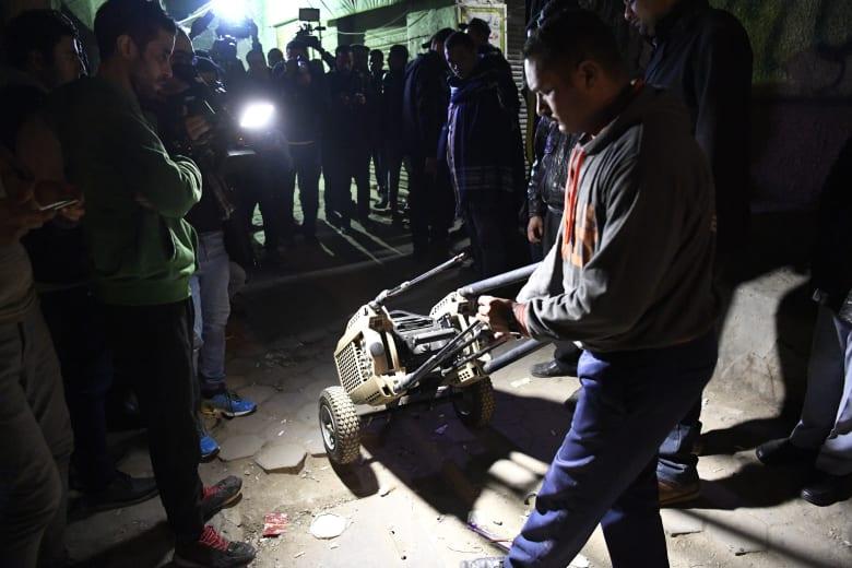 """الداخلية المصرية: مقتل شرطيين وإصابة 3 إثر تفجير انتحاري أثناء مطاردة """"إرهابي"""""""