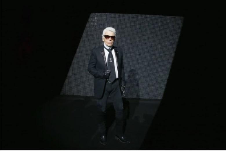 """وفاة مصمم أزياء """"شانيل"""" الشهير..  ومشاهير يعلقون على الخبر"""