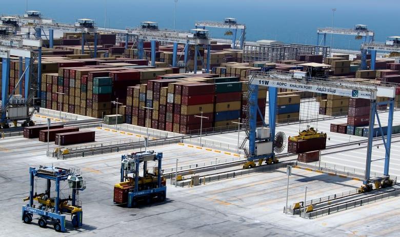 الإمارات توضح حقيقة تخفيف الحظر المفروض على قطر