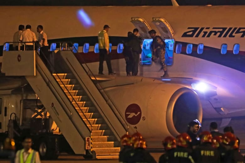 مقتل المسؤول عن محاولة خطف الطائرة البنغالية خلال رحلتها إلى دبي