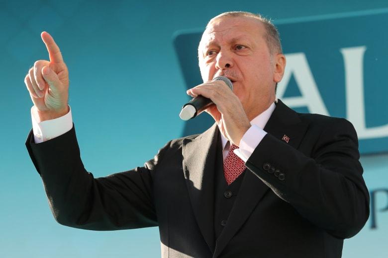 """أردوغان مهاجما الدول الأوروبية المشاركة بقمة شرم الشيخ: """"أيمكنكم الحديث عن الديمقراطية؟"""""""