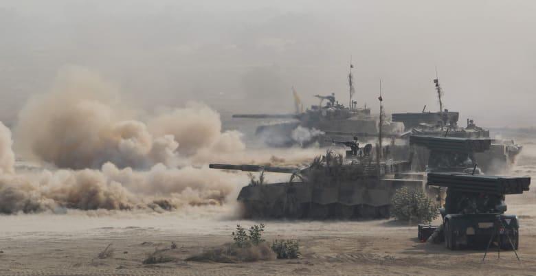مقارنة بين قدرات الجيشين الهندي والباكستاني.. أيهما الأقوى؟