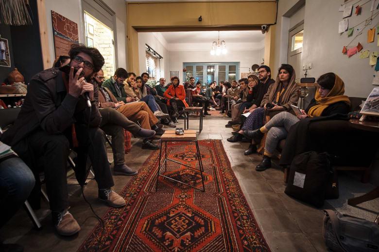 """أول بيت شباب بإيران.. هل سيغير """"الصورة السلبية"""" للبلاد؟"""