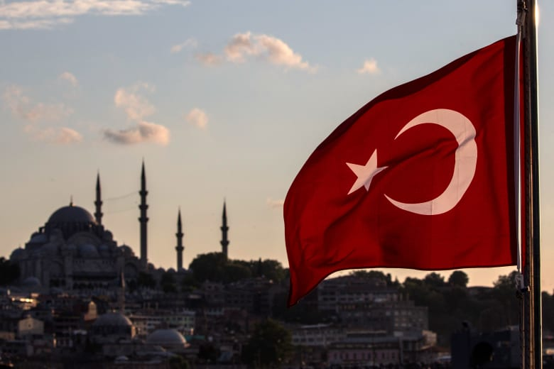 بـ4 طرق مبسّطة تنال جنسية تركيا.. كيف تجذب تركيا العالم لها؟