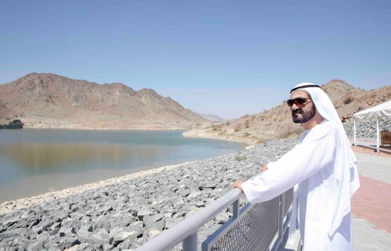 الشيخ محمد بن راشد يعتمد 5.8 مليار درهم لمشاريع كهرباء ومياه