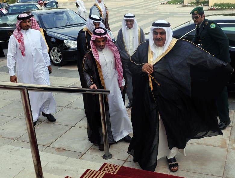 """وزير خارجية البحرين يجدد هجومه على قطر ويتحدث عن مقاطع """"حكايتي مع الزمان"""""""
