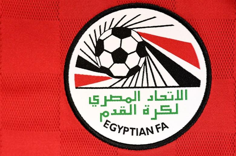 """قميص المنتخب المصري الجديد يثير ردود فعل """"ساخرة"""" على تويتر"""