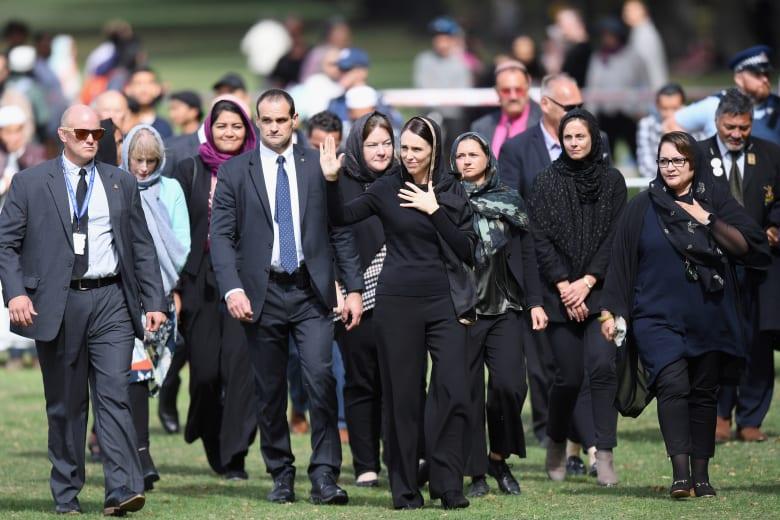 محمد بن راشد يشكر رئيسة وزراء نيوزيلندا: كسبت احترام المسلمين