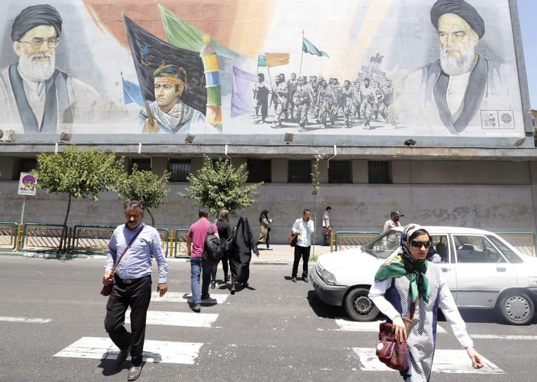 """خارجية أمريكا تكشف مدى تأثر إيران بـ""""الضغط الاقتصادي الأقصى"""" للآن"""