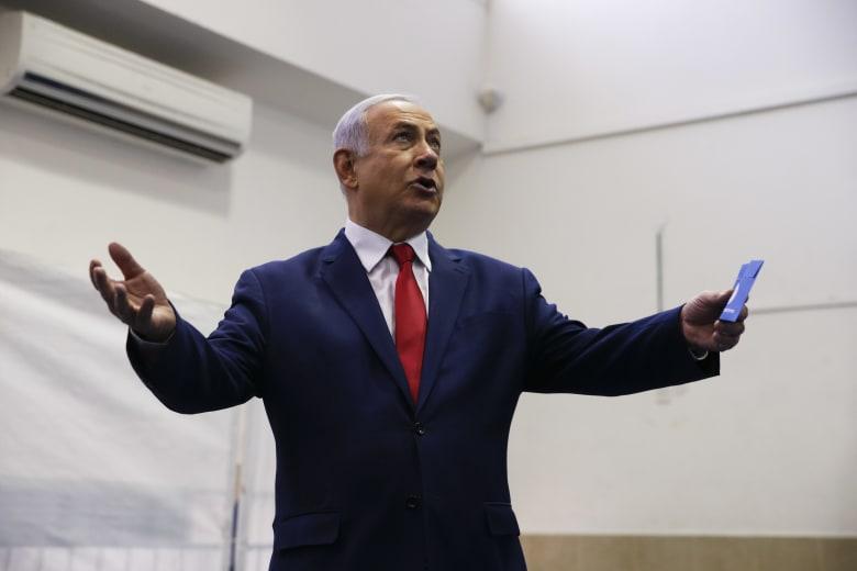 نتنياهو يخسر الانتخابات العامة الإسرائيلية.. وغانتز يحتفل بالفوز