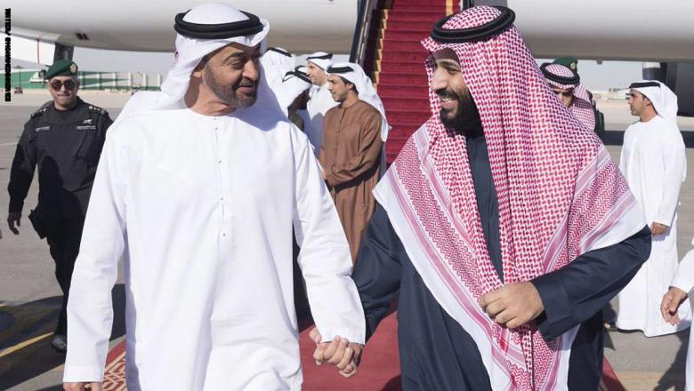 قرقاش يرد على مهاجمة وزير خارجية إيران لمحمد بن سلمان ومحمد بن زايد