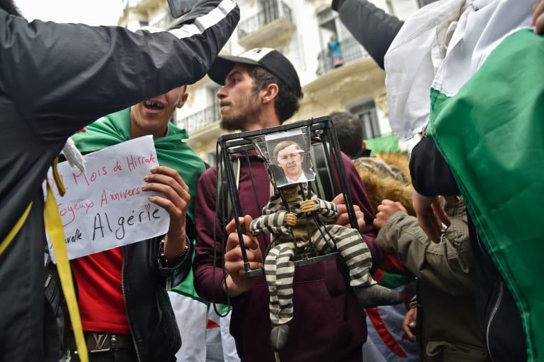 وسائل إعلام جزائرية: الأجهزة الأمنية توقف سعيد بوتفليقة