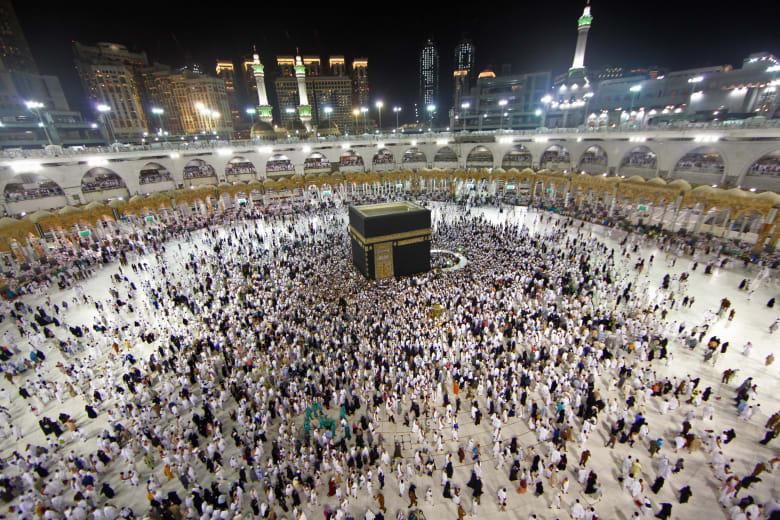 السعودية ترحب بالمعتمرين من قطر.. وموقع خاص لتسجيل الطلبات