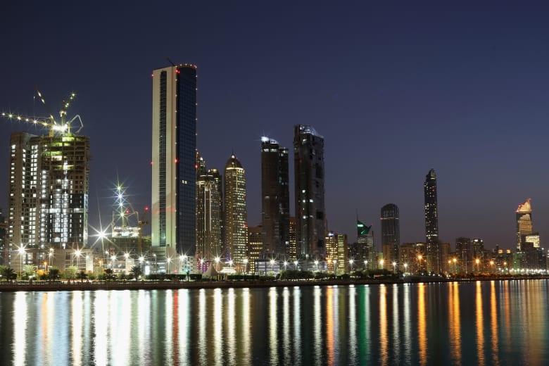 الإمارات ترد على اتهامات بشأن إضراب أحمد منصور عن الطعام