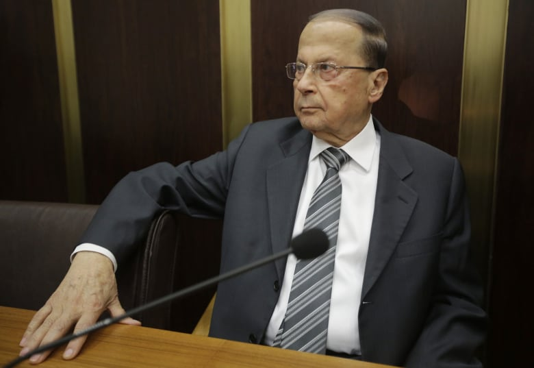 ميشال عون: لن يكون للبنان وجود إذا بقي اللاجئون الفلسطينيون والسوريون