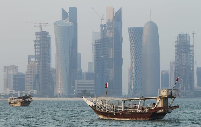"""شقيق أمير قطر: أرادوا """"الحصار"""" نقمة فبات نعمة.. ويُعدد """"الإنجازات"""""""