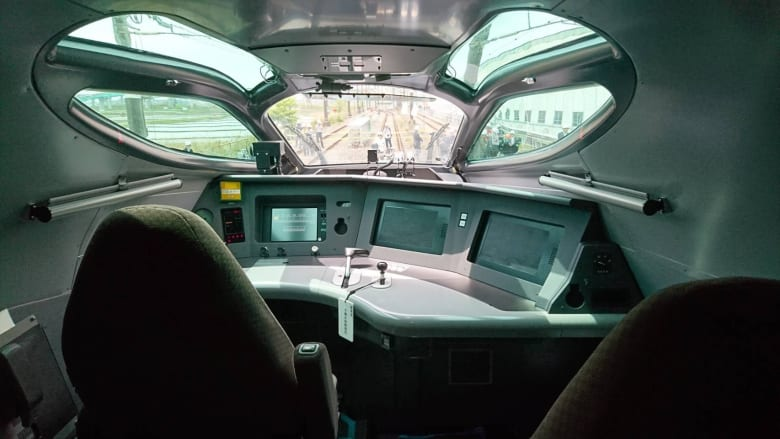 """اليابان تختبر أسرع قطار """"طلقة"""" في العالم.. كم تبلغ سرعته؟"""