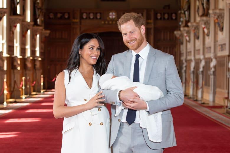 بعد إنجاب طفلها الملكي..ميغان ماركل تحتفل بعيد الأمر للمرة الأولى