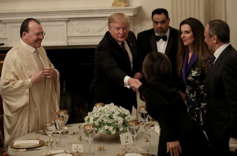 ترامب يستضيف إفطارا رمضانيا: عازمون على هزيمة الإرهاب والاضطهاد الديني