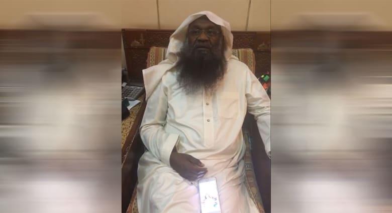"""إعلامي قطري """"يسخر"""" من عادل الكلباني و""""أنواع الخراف"""".. وإمام الحرم السابق يرد"""
