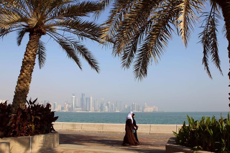 """شقيق أمير قطر يتحدث عما سيذكر التاريخ في الـ10 من رمضان ومحاولة """"خنق"""" قطر"""