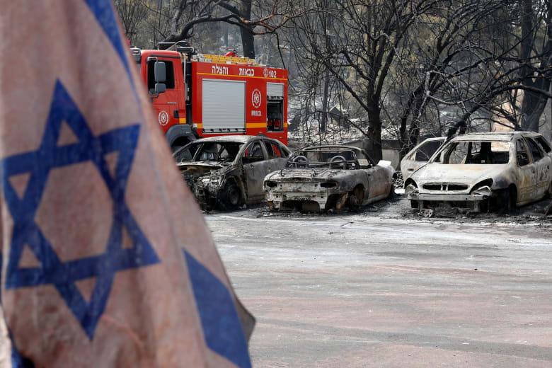 نتنياهو: أشكر صديقي السيسي على ارسال مروحيتين لإخماد الحرائق