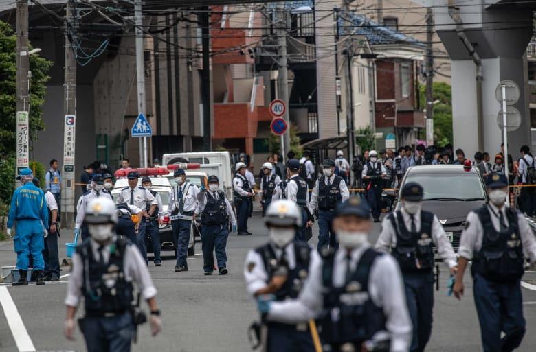 مقتل اثنين بينهما طفلة وإصابة 15 آخرين في حادث طعن باليابان
