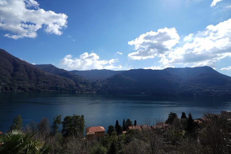 بحيرة كومو