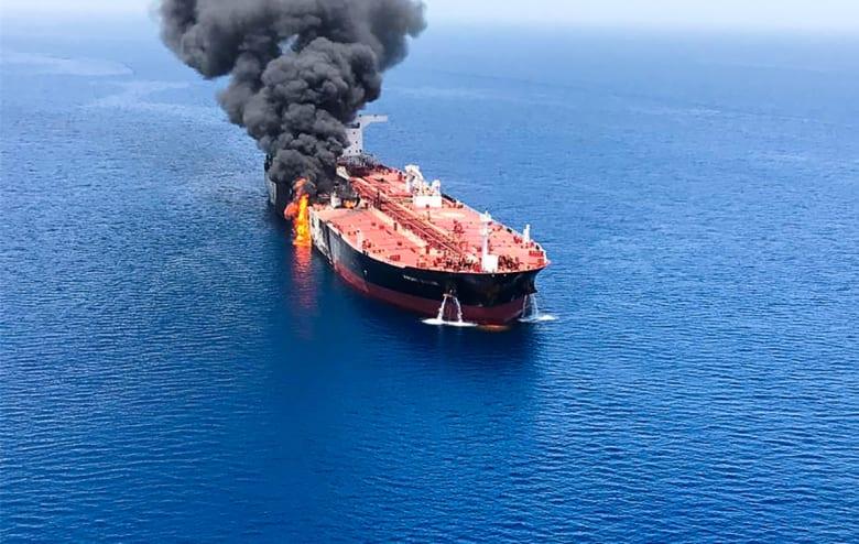 الهجوم على ناقلتي نفط في الخليج