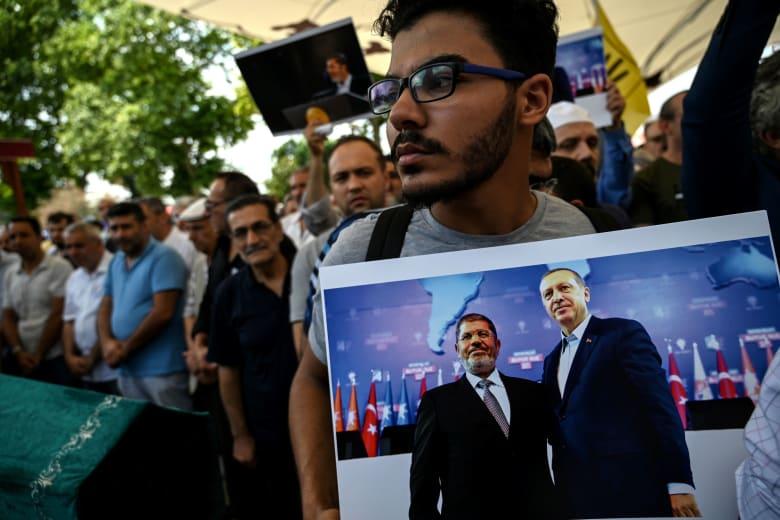 """أردوغان يتهم السلطات المصرية بـ""""قتل"""" محمد مرسي.. ويتعهد بمقاضاتها في المحاكم الدولية"""