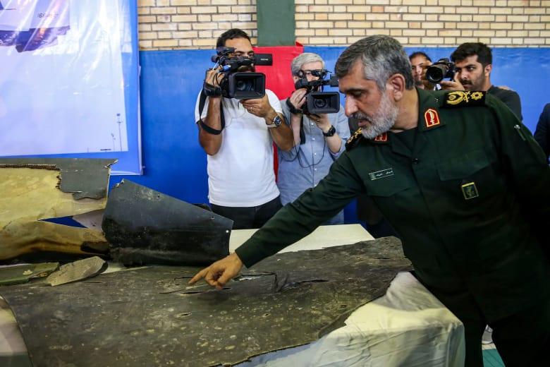 """لماذا """"امتنعت"""" إيران عن إسقاط طائرة عسكرية أمريكية أخرى؟ وكم شخصا كانوا على متنها؟"""