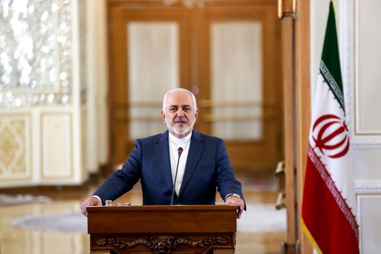 ظريف يتفاخر بإسقاط الدرون الأمريكية بأسلحة إيرانية