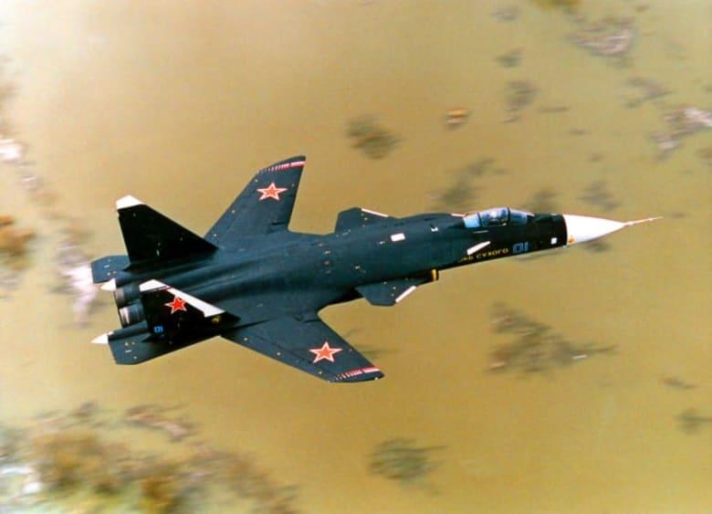 """تعرف إلى الطائرة المقاتلة من طراز """"X-29"""" صاحبة الأجنحة المعكوسة"""