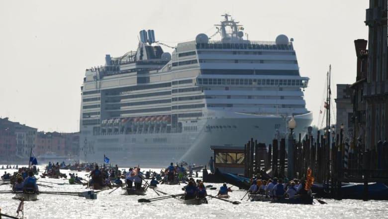 هل قطاع السفن البحرية مسؤول عن قضية السياحة الفائضة؟